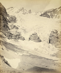 Glacier below the Manirung Pass